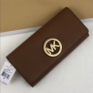 Michael Kors Fulton Wallet Luggage Leather New/Tag